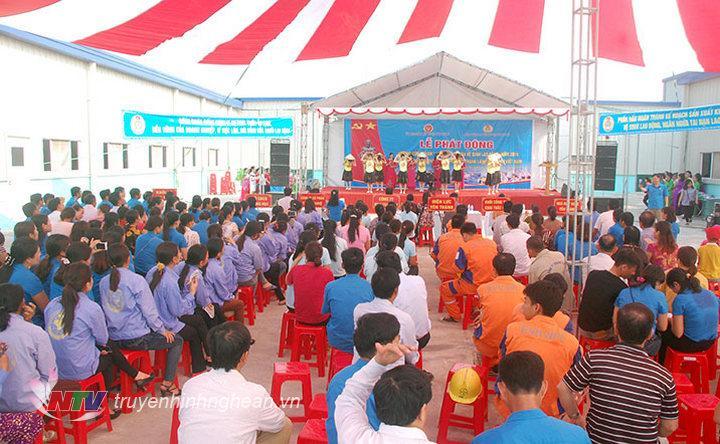 Toàn cảnh lễ phát động sáng 21/4 tại huyện Yên Thành.