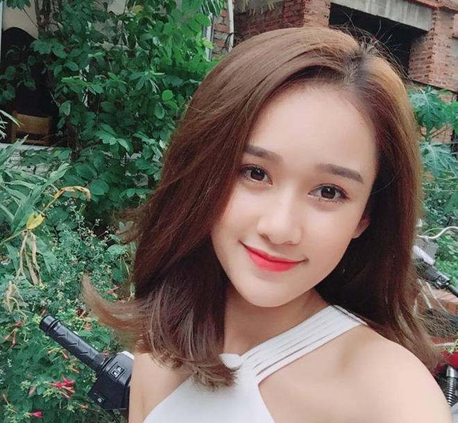 Trần Thị Thu Hà (sinh năm 1996) đến từ Hà Nội từng được báo chí Trung Quốc khen ngợi vì vẻ ngoài xinh đẹp, nụ cười ngọt ngào. Cô nàng còn được nhận xét có ngoại hình giống nữ diễn viên Trần Kiều Ân.