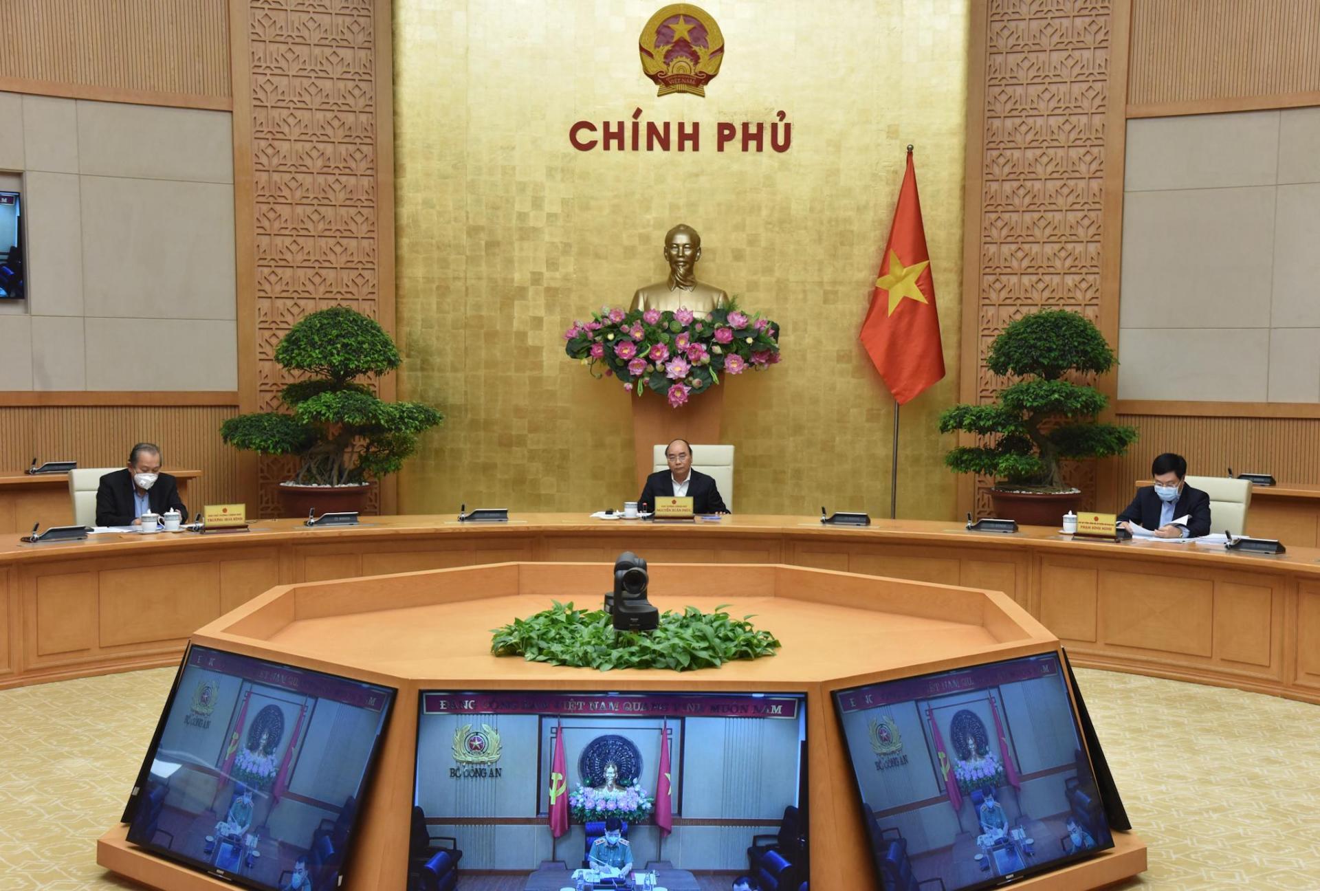 Thủ tướng Chính phủ Nguyễn Xuân Phúc chủ trì phiên họp Thường trực Chính phủ.