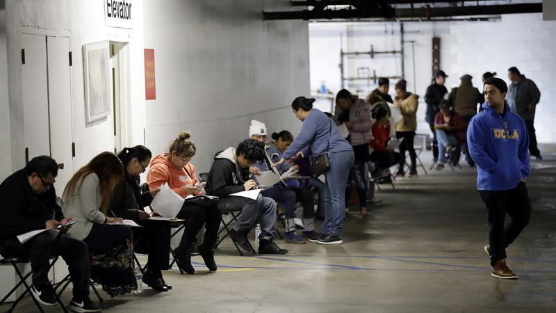 Số người thất nghiệp vì COVID-19 ở Mỹ tăng lên 16 triệu.