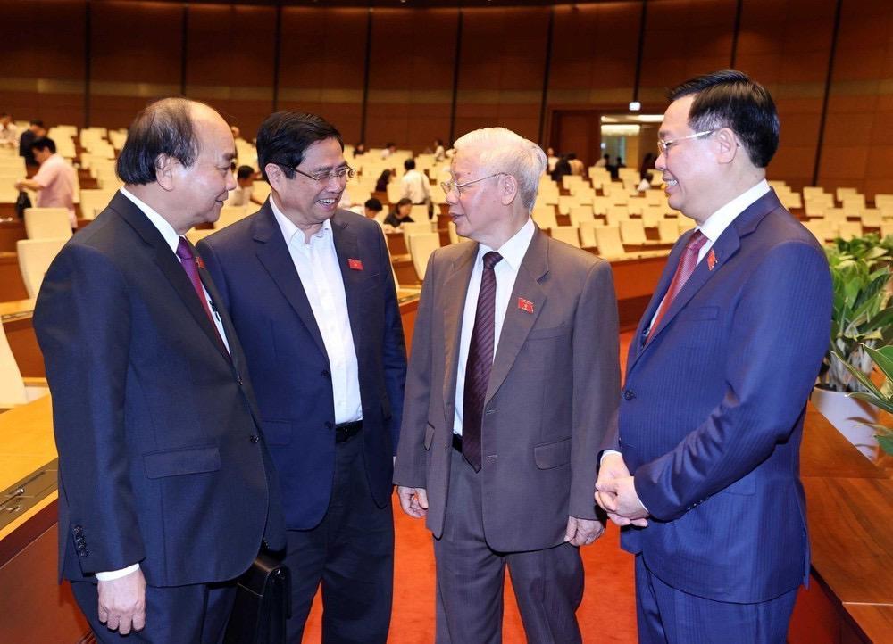 Tổng Bí thư Nguyễn Phú Trọng và ông Nguyễn Xuân Phúc, ông Phạm Minh Chính, ông Vương Đình Huệ tại kỳ họp Quốc hội