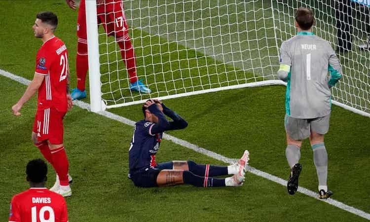 Choupo-Moting mở tỷ số cho Bayern ở cuối hiệp một. Ảnh:AP.