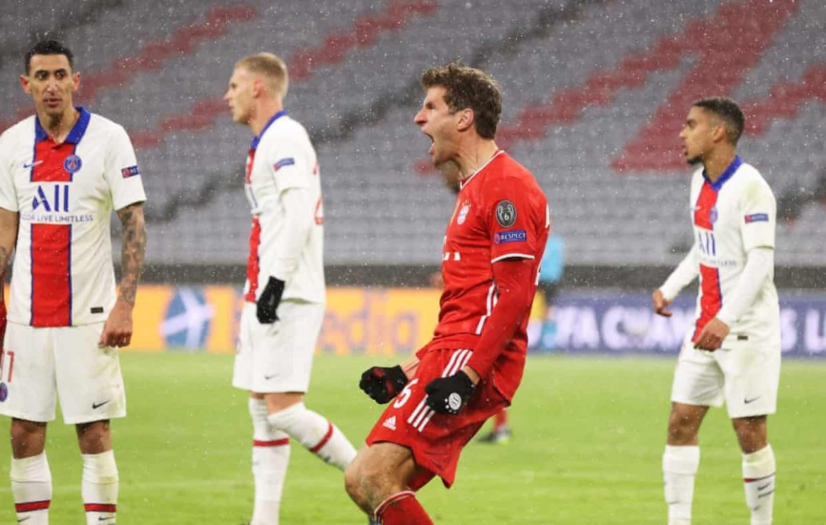 Muller gỡ hòa 2-2 cho Bayern Munich. (Ảnh: Getty)