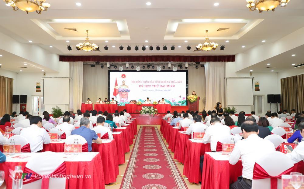 Toàn cảnh kỳ họp thứ 20, HĐND tỉnh khoá XVII, nhiệm kỳ 2016 - 2021.