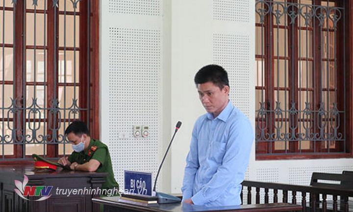 Bị cáo Nguyễn Văn Nghĩa tại tòa.