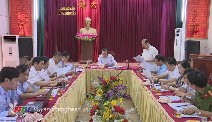 Toàn cảnh buổi làm việc tại huyện Hưng Nguyên.
