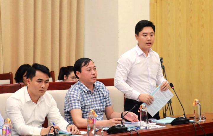 Bí thư Tỉnh đoàn Lê Văn Lương phát biểu tại buổi làm việc.