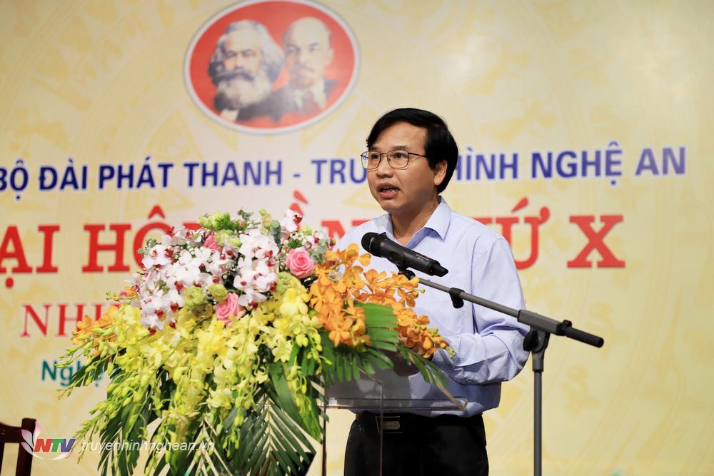 Đồng chí Nguyễn Như Khôi - Tỉnh uỷ viên, Giám đốc Đài PTTH Nghệ An phát biểu tại đại hội.