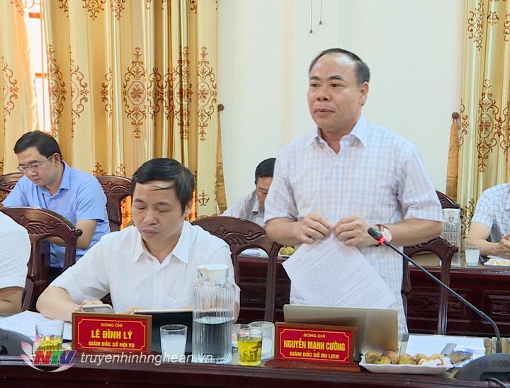 Giám đốc Sở Du lịch đề nghị Nam Đàn phát huy các thế mạnh để đưa ngành du lịch phát triển.