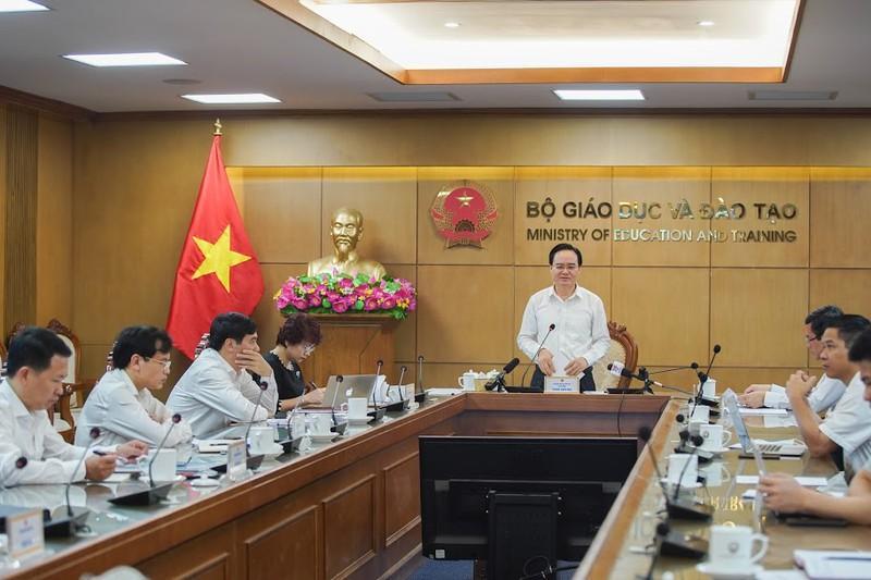 Bộ trưởng Bộ Giáo dục và Đào tạo Phùng Xuân Nhạ chủ trì Hội nghị trực tuyến về Công tác tuyển sinh đại học, cao đẳng ngành Giáo dục Mầm non ngày 8/5.