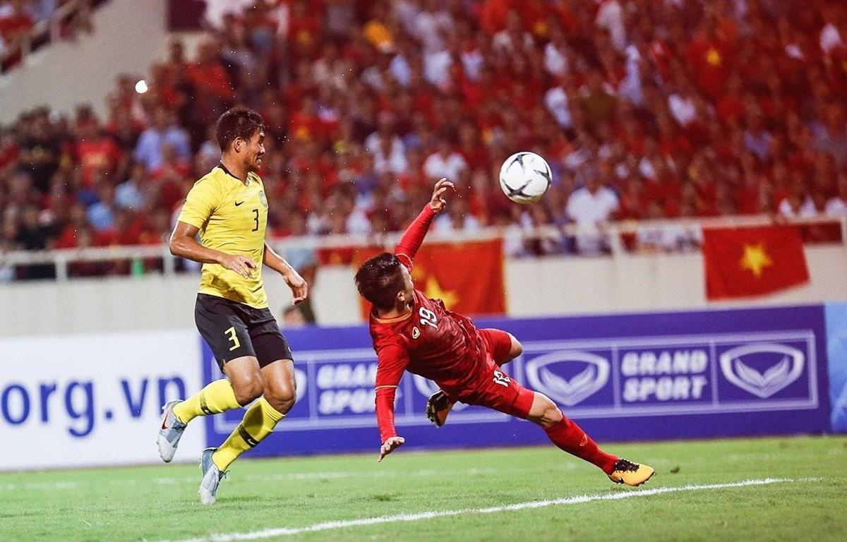 Quang Hải ghi bàn đẹp mắt giúp Việt Nam đánh bại Malaysia ghi trên sân Mỹ Đình, giúp đội tuyển Việt Nam đánh bại Malaysia 1-0 ở bảng G vòng loại World Cup 2022 ngày 11/10/2019.