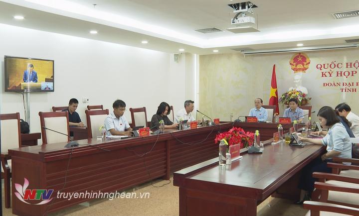 Toàn cảnh họp Quốc hội tại điểm cầu Nghệ An chiều 26/5.