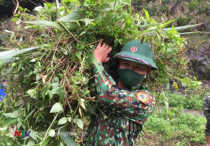 Bộ đội biên phòng khắc phục khó khăn, tăng cường kiểm soát dịch bệnh.