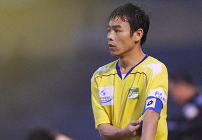 Huy Hoàng nhiều năm làm trưởng SLNA và có tầm ảnh hưởng với cầu thủ.