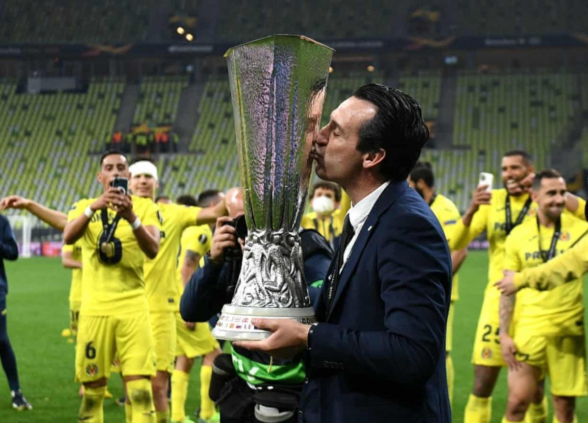 Unai Emery xứng danh Vua Europa League. (Ảnh: Getty)
