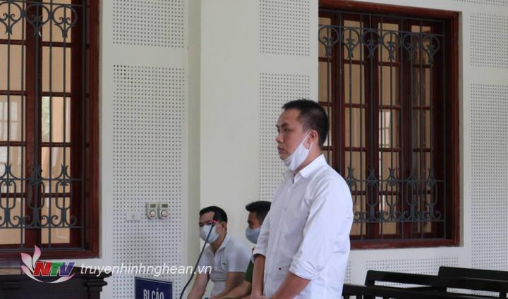 Bị cáo Nguyễn Vũ Ngọc Linh tại tòa.