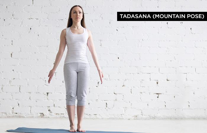 Tadasana, hay còn gọi là Trái Núi, là tư thế cơ bản nhất trong các động tác yoga. Bạn có thể tập động tác này bất cứ lúc nào trong ngày, không nhất thiết phải là khi bụng đói. Giữ tư thế này ít nhất 10-12 giây, tùy thuộc vào sự thoải mái của bạn.