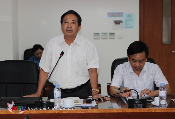 Đồng chí Trần Duy Ngoãn - Chủ tịch Hội nhà báo Việt Nam tỉnh Nghệ An phát biểu tại hội nghị.
