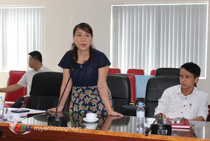 Đại diện Trung tâm VH-TT&TT huyện Hưng Nguyên nêu khó khăn về nguôn nhân lực sau sát nhập.