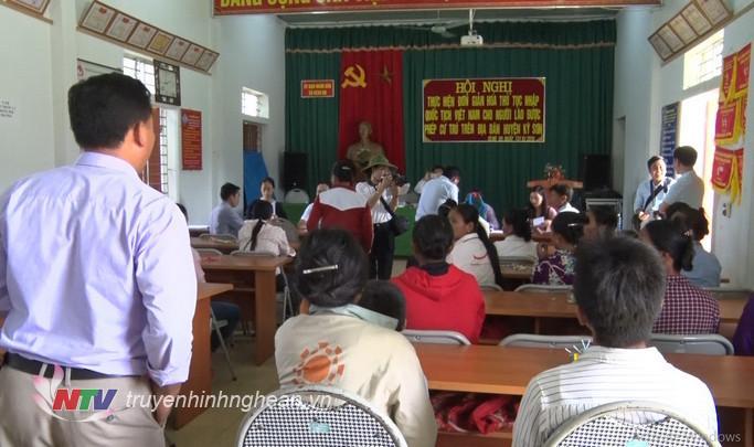   Nhập quốc tịch Việt Nam cho người Lào kết hôn không giá thú tại Kỳ Sơn, Nghệ An.  