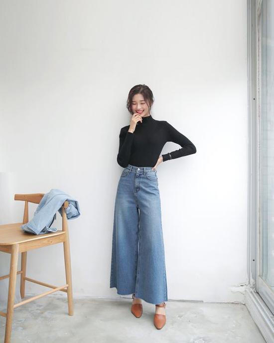 Các tín đồ thời trang châu Á thích phối quần jeans cổ điển cùng các mẫu giầy cao gót để 'ăn gian' chiều cao.