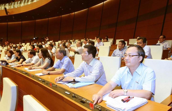 Đại biểu Quốc hội lấy ý kiến về dự kiến Chương trình giám sát của Quốc hội năm 2020.