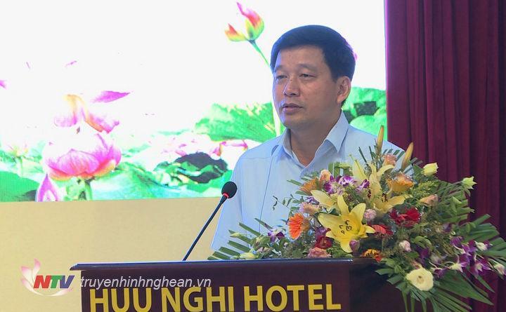 Đồng chí Kha Văn Tám - Phó Trưởng Ban Tuyên giáo Tỉnh ủy báo cáo