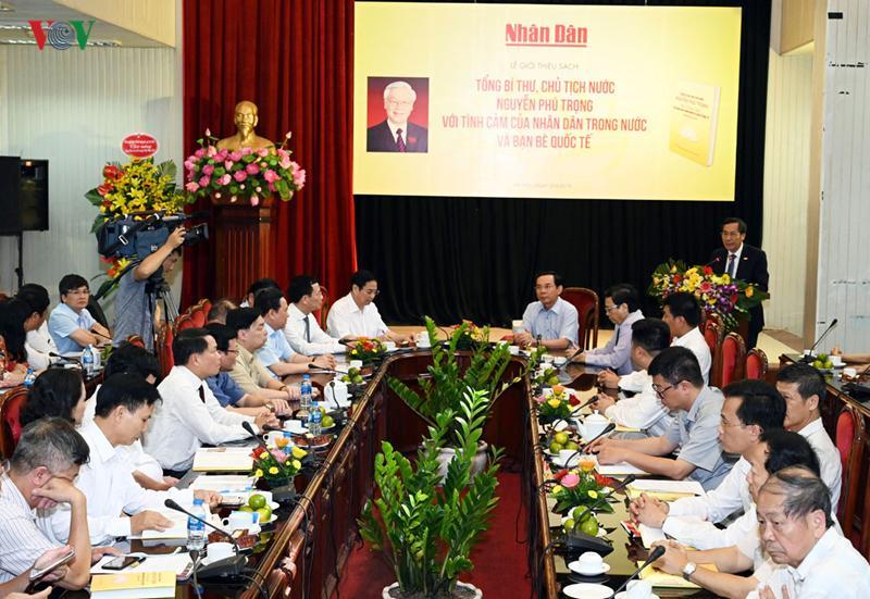 Các đại biểu tham dự Lễ ra mắt sách về Tổng Bí thư, Chủ tịch nước Nguyễn Phú Trọng
