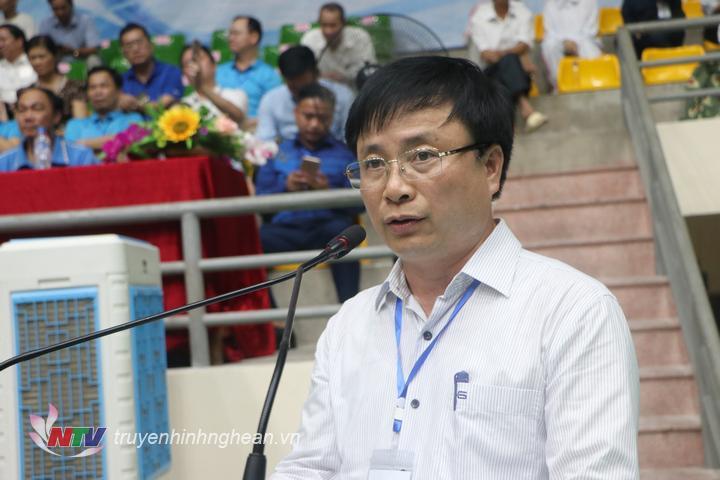 Phó Chủ tịch UBND tỉnh Bùi Đình Long phát biểu tại lễ khai mạc.
