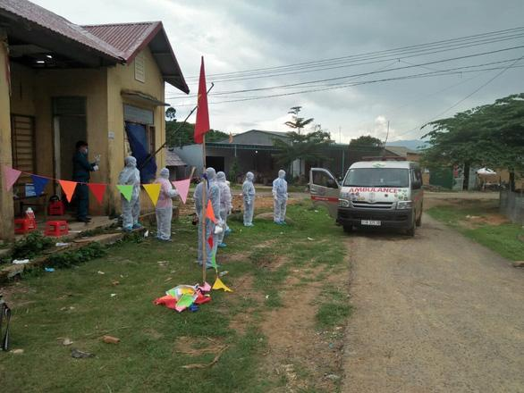 Cách ly, dập ổ dịch bạch hầu tại xã Quảng Hòa, huyện Đắk Glong, Đắk Nông