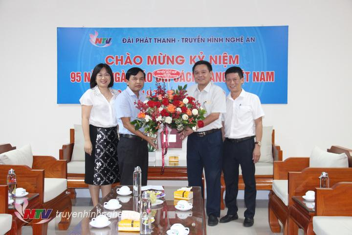 Huyện Quỳ Hợp chúc mừng Đài PTTH Nghệ An nhân ngày truyền thống.
