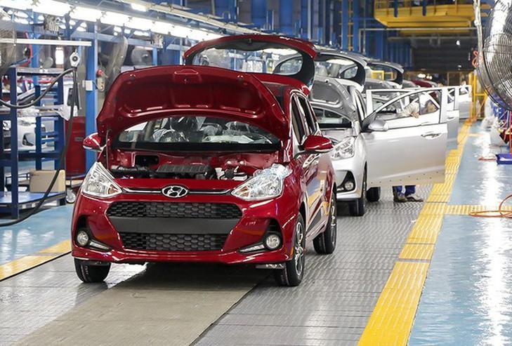 Chính thức giảm 50% lệ phí trước bạ ô tô sản xuất, lắp ráp trong nước. Ảnh minh hoạ.