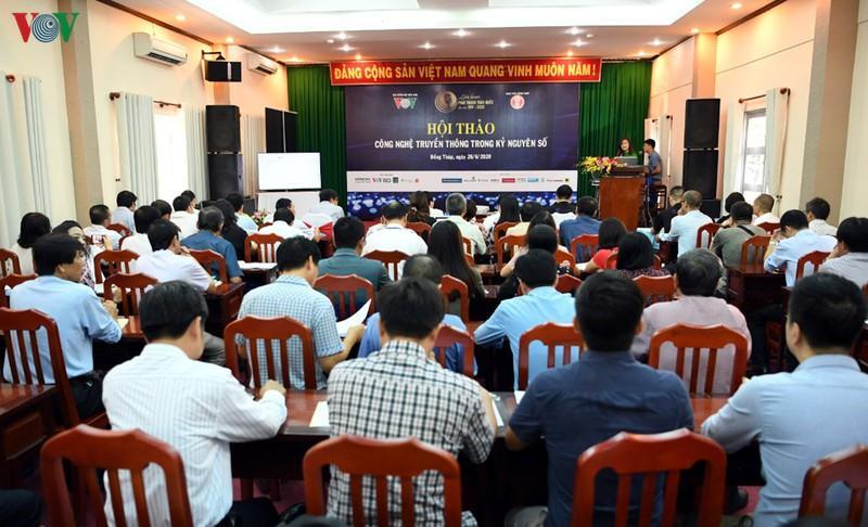 Rất đông đại biểu đã đến tham dự Hội thảo.