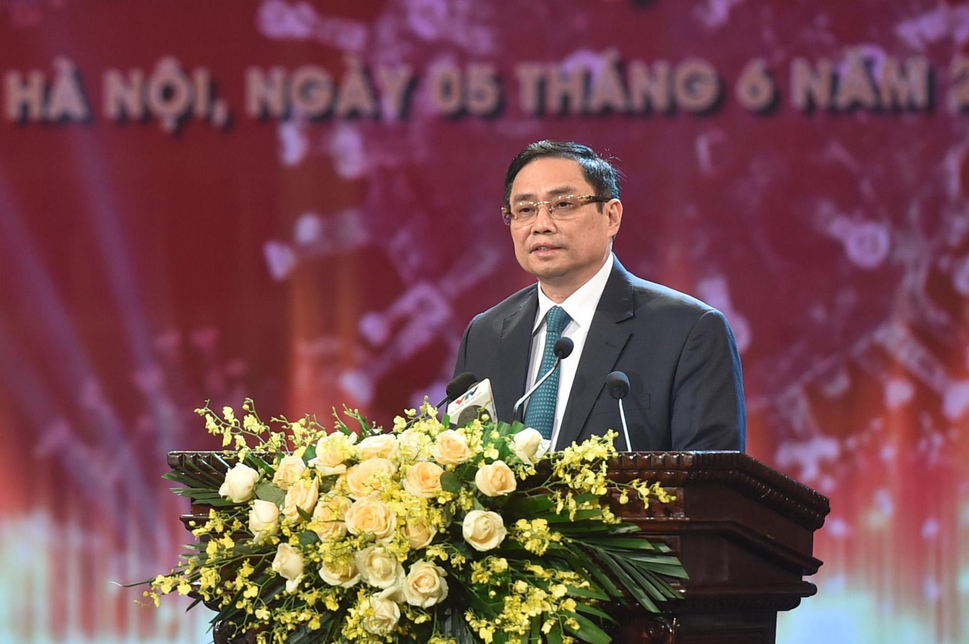 Thủ tướng Phạm Minh Chính khẳng định trong phương pháp chống dịch, chúng ta không lựa chọn giải pháp dễ làm mà có thể ảnh hưởng đến cuộc sống của người dân và phát triển kinh tế - xã hội.