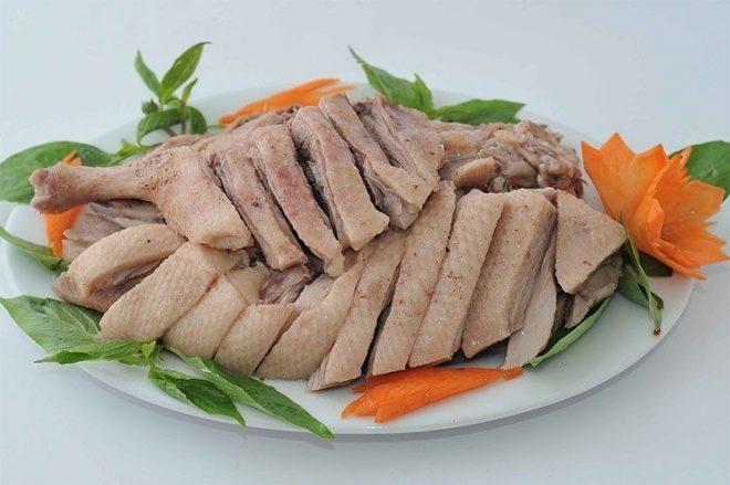 Nhiều gia đình luôn có món thịt vịt.