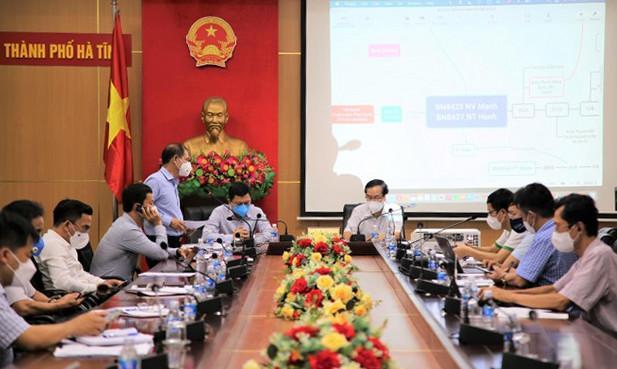 Buổi làm việc của Bộ Y tế tại Hà Tĩnh liên quan đến việc triển khai phương án phòng chống dịch.
