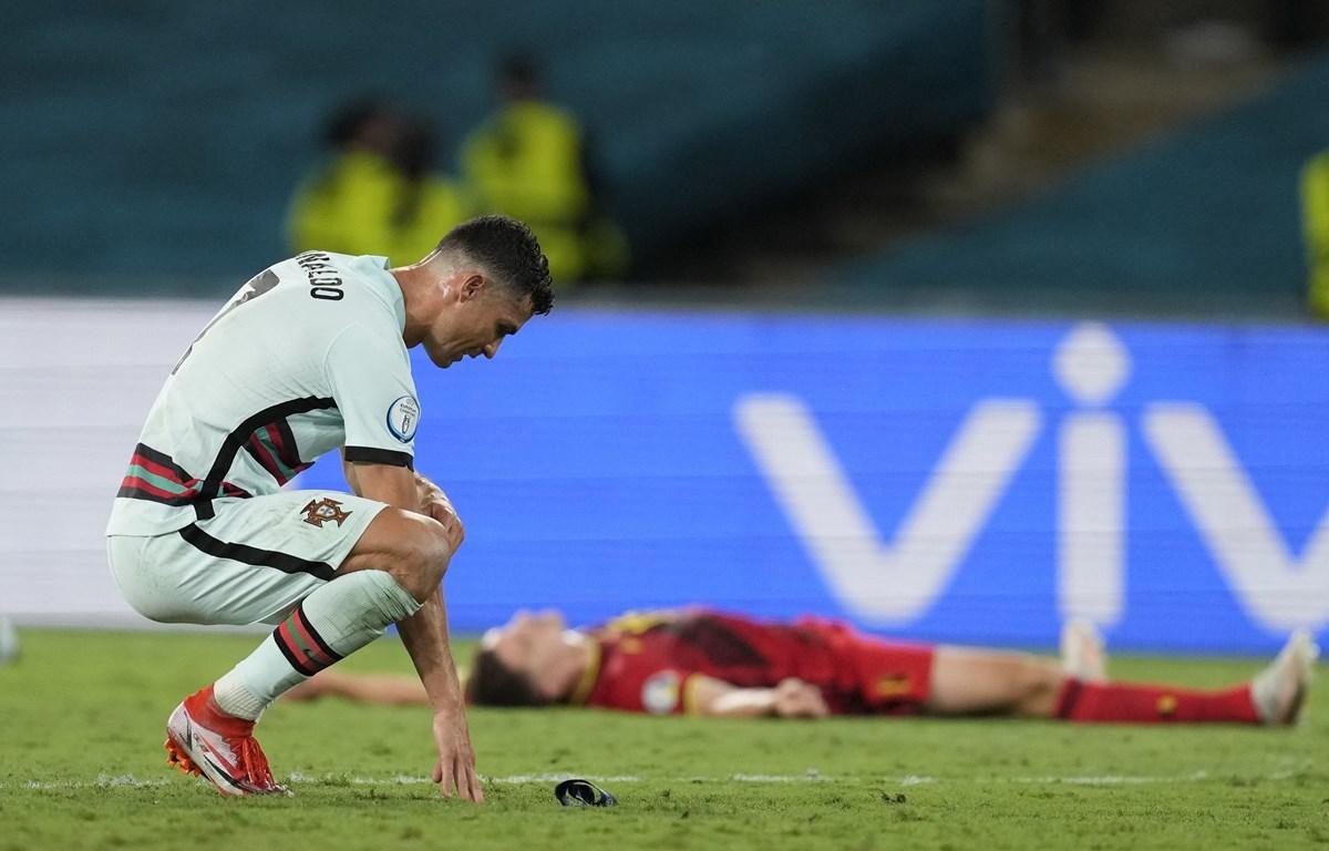 Ronaldo và đồng đội dừng bước ở EURO 2020. (Nguồn: AFP/Getty Images)
