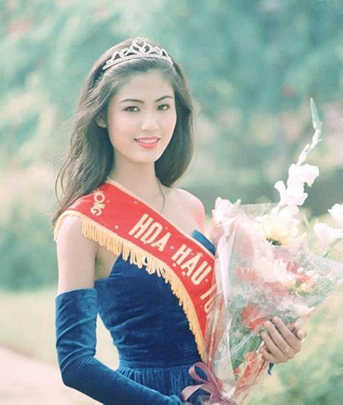 Nguyễn Thu Thủy đoạt vương miện Hoa hậu năm 1994 - Ảnh: Facebook Nguyễn Thu Thủy