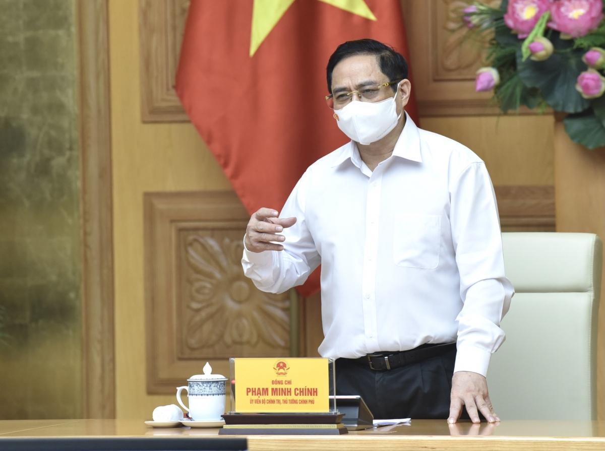 Thủ tướng phát biểu chỉ đạo tại buổi làm việc.