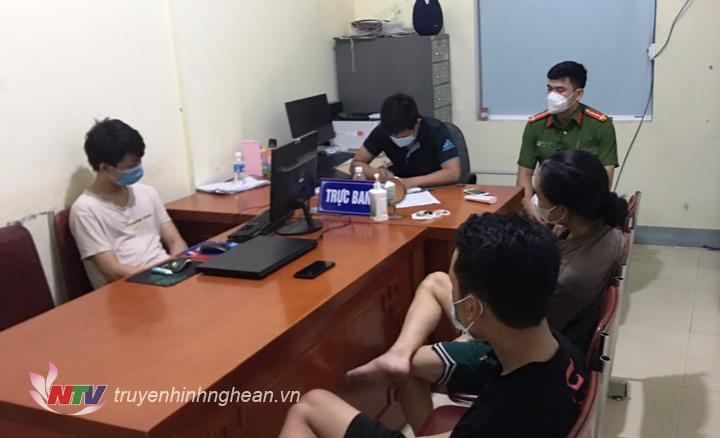 Các trường hợp vi phạm quy định phòng chống dịch tại công an xã Nghi Phú