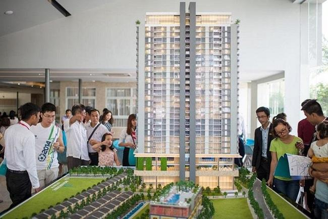 Các giao dịch bất động sản bằng tiền mặt có giá trị lớn (từ 300 triệu đồng trở lên) phải báo cáo về Cục Quản lý nhà và thị trường bất động sản - Bộ Xây dựng và Cục Phòng, chống rửa tiền - Ngân hàng Nhà nước Việt Nam (Ảnh minh hoạ).