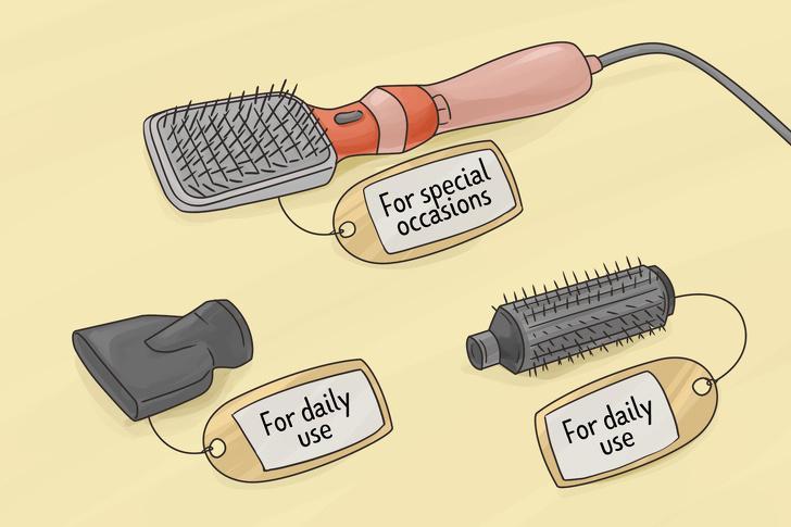 Không chú ý đến các loại ống phun lược: Ống phun lược (blow-dryer nozzle) có thể được làm từ kim loại, gốm hoặc nhựa. Loại thứ nhất giúp bạn tạo kiểu chính xác hơn, tuy nhiên kim loại thường nóng lên nhanh hơn và có thể gây tổn thương cho tóc. Do đó bạn chỉ nên dùng ống kim loại cho các dịp đặc biệt và chọn ống gốm hoặc ống nhựa để sử dụng hằng ngày.