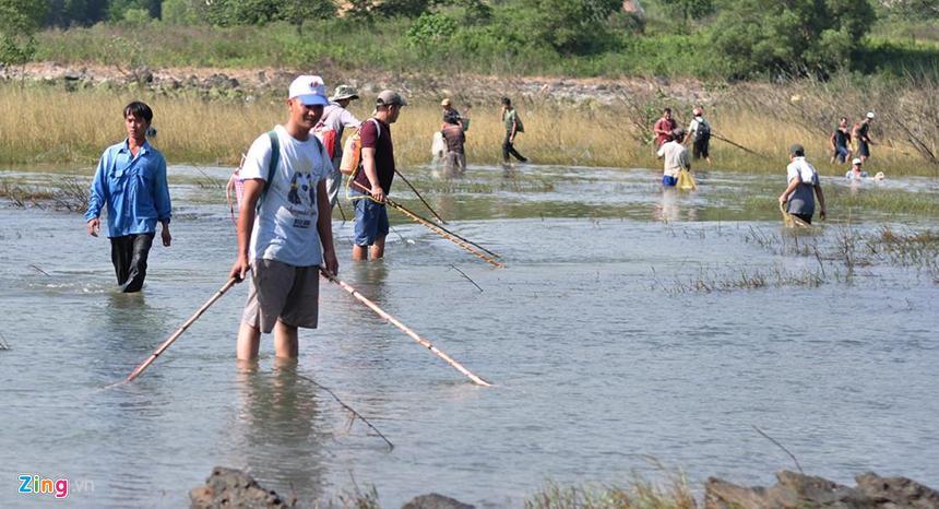 Chính phủ quy định tăng mức xử phạt đối với hành vi sử dụng điện để đánh bắt thủy sản.