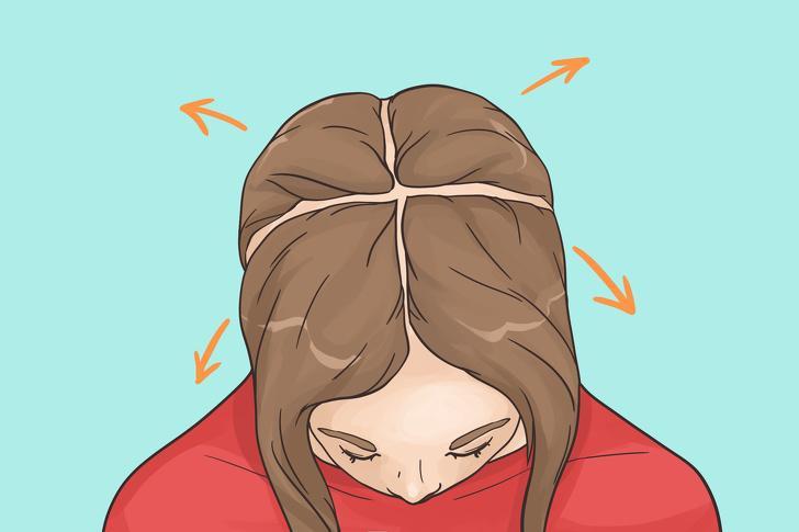Không chia tóc thành các phần: Chúng ta thường sấy toàn bộ mái tóc cùng lúc bằng cách di chuyển máy sấy tóc từ trước ra sau và ngược lại. Quá trình này sẽ nhanh và hiệu quả hơn nếu bạn chia tóc thành 4 - 5 vùng và cố định lại bằng kẹp. Bạn có thể chia tóc thành 4 phần như trên hình.