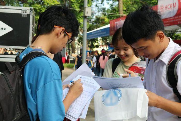 Thí sinh có thể thay đổi số lượng, thứ tự nguyện vọng, tổ hợp xét tuyển hay ngành học đăng ký xét tuyển.