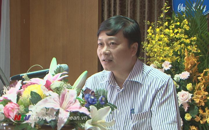 Phó Chủ tịch UBND tỉnh Lê Hồng Vinh phát biểu tại lễ ra mắt.