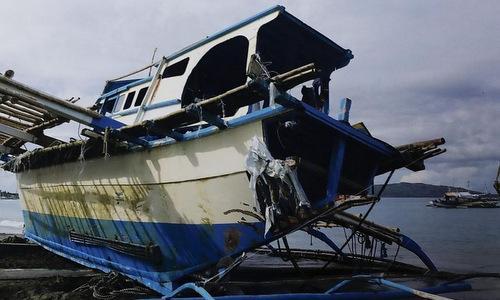 Tàu cá Gemvir-1 sau khi được đưa về bờ hôm 14/6.