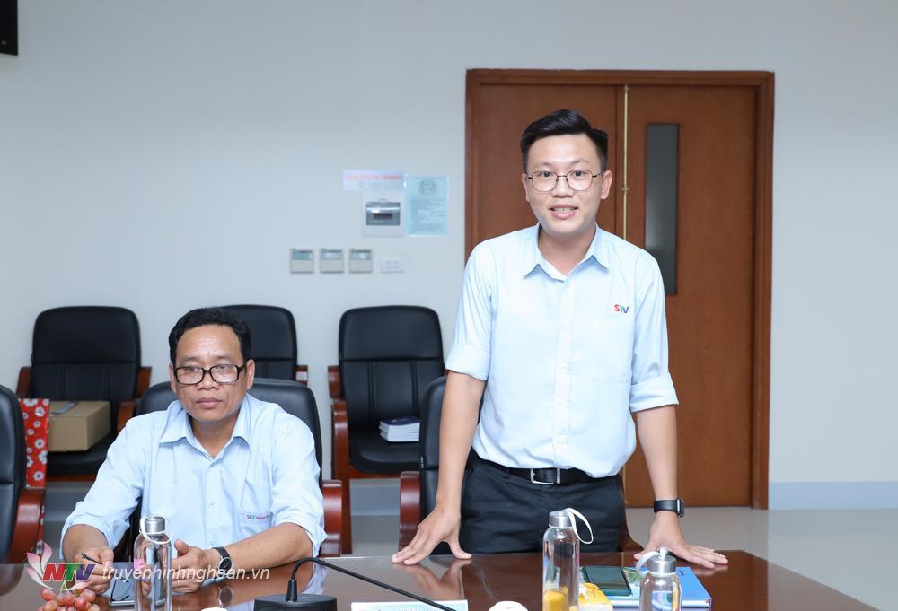 Phó Giám đốc Đài PT-TH Sóc Trăng Nguyễn Thành Duy chia sẻ tại buổi gặp mặt.