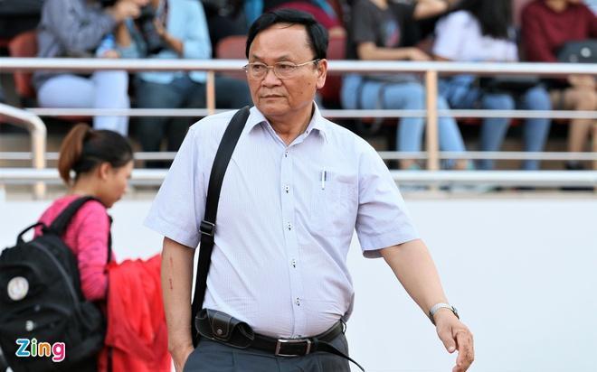 Chủ tịch CLB SLNA Nguyễn Hồng Thanh nhận thấy công tác trọng tài mùa giải 2020 có quá nhiều bất cập, dẫn đến sai sót, thay đổi kết quả trận đấu.