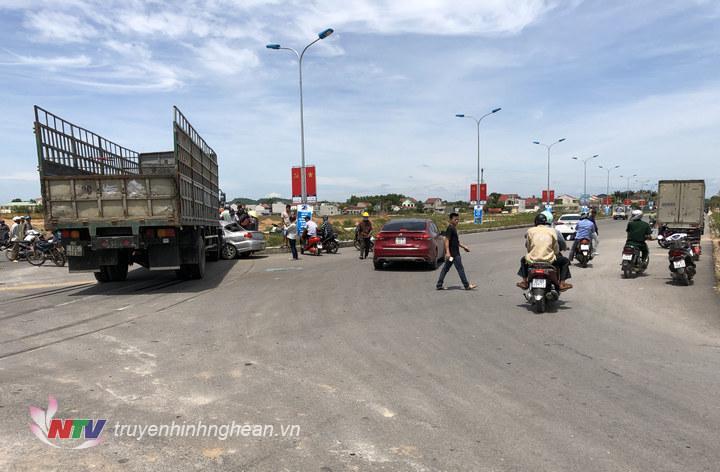 Hiện trường vụ tai nạn trưa 9/7.